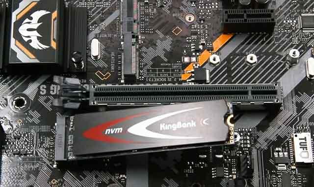新固态硬盘别急着用,两步操作提高固态硬盘20%的读写速度!